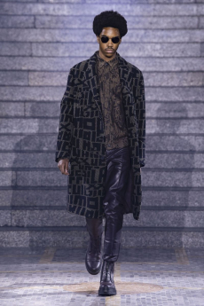 4e6535d5bd27 For the Fall Winter 2019 show of Milan fashion week