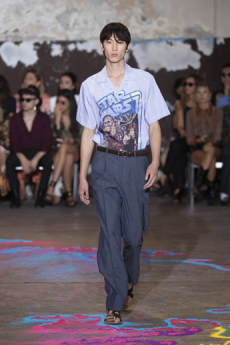 c8ef710eca7 Human decorative traditions are in the focus of the main SS20 collection.  Kean Etro celebrates the brand's adventurous and traveling spirit, by  presenting ...