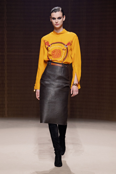ec9ff316d6 Bourgeois looks are stapled with simplicity and this is key to the entire  collection. Leather skirts are textured, nipping in long sleeved printed  silks at ...